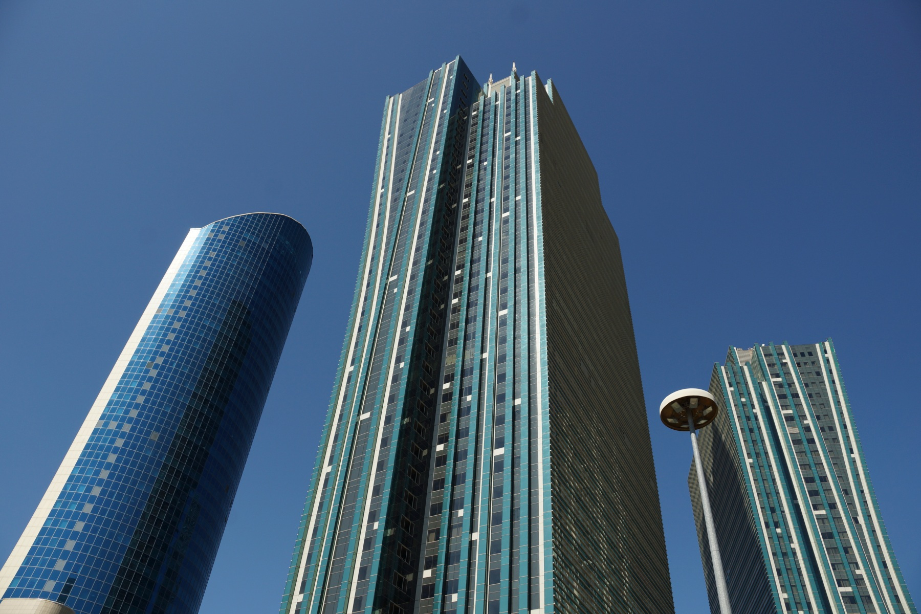 Стекло и бетон Астана
